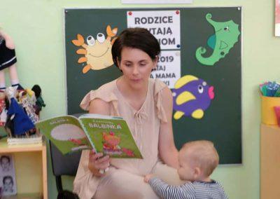 czyta-mama-Dorotki-(5)