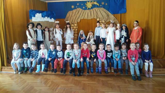 Grupa III w dniu 14 I 2020 została zaproszona do Szkoły Podstawowej Nr 25 na Jasełka.