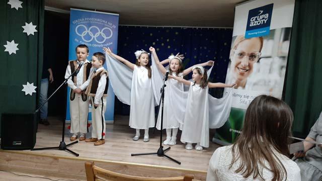 """Dzieci z grupy """"Tygryski"""" uczestniczyły w XII Regionalnym Konkursie Kolęd i Pastorałek """"Gore gwiazda Jezusowi"""""""